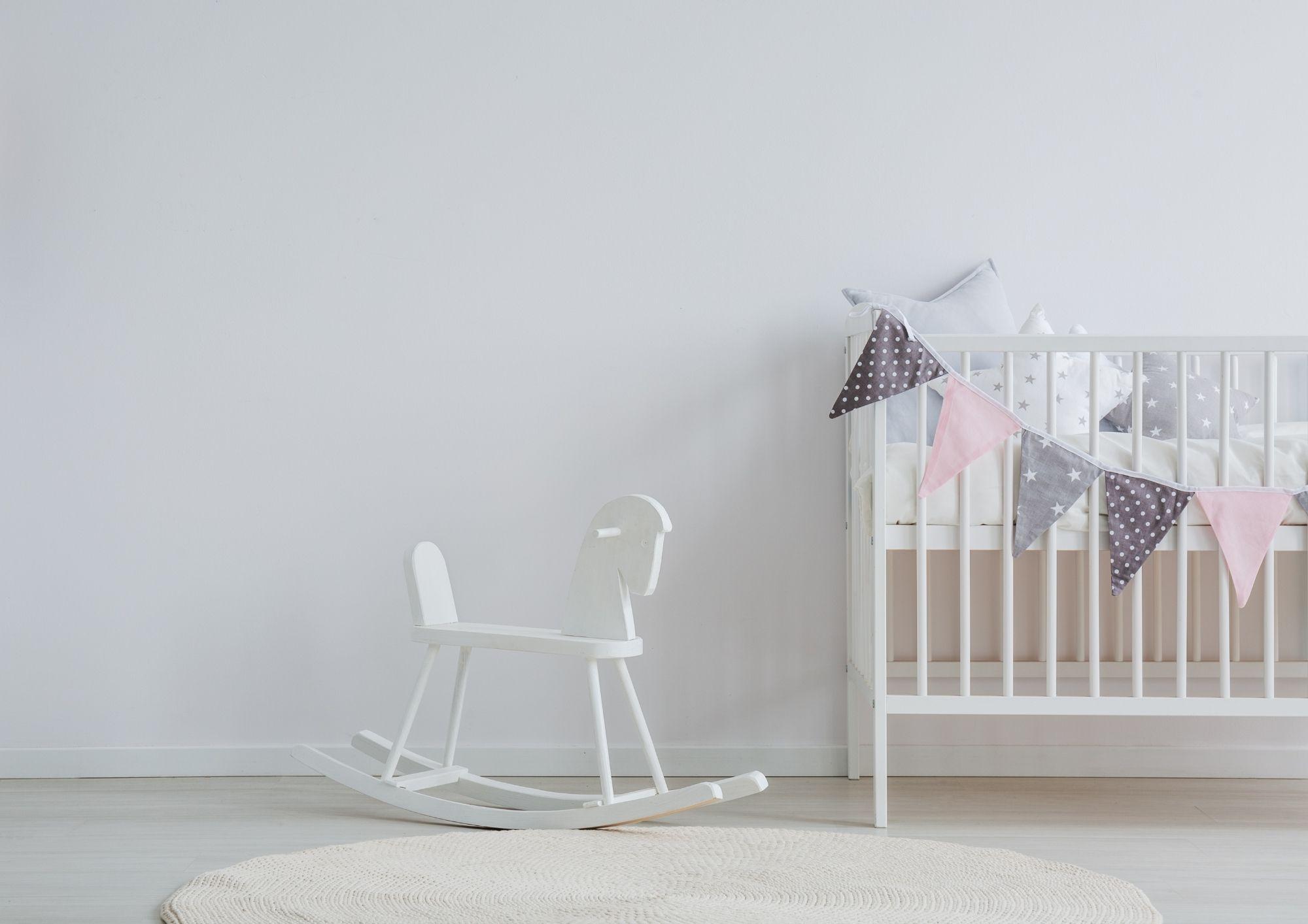 quarto de bebê simples