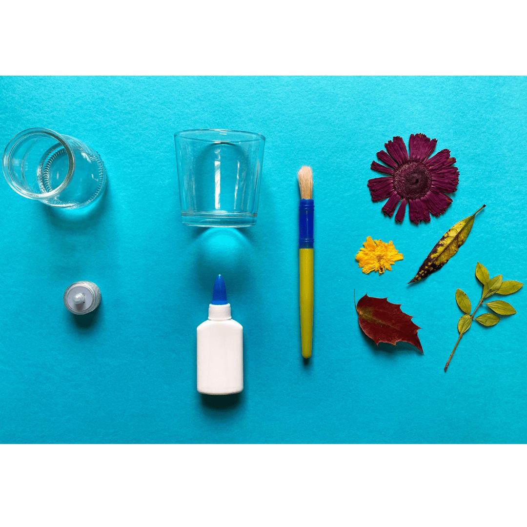 Materialien für Laternen aus gepressten Blumen