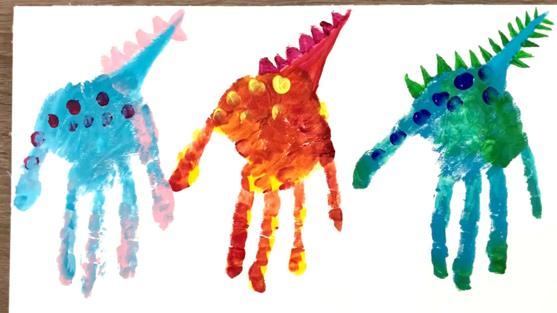 Finger Painting Dinosaurs Spot Details
