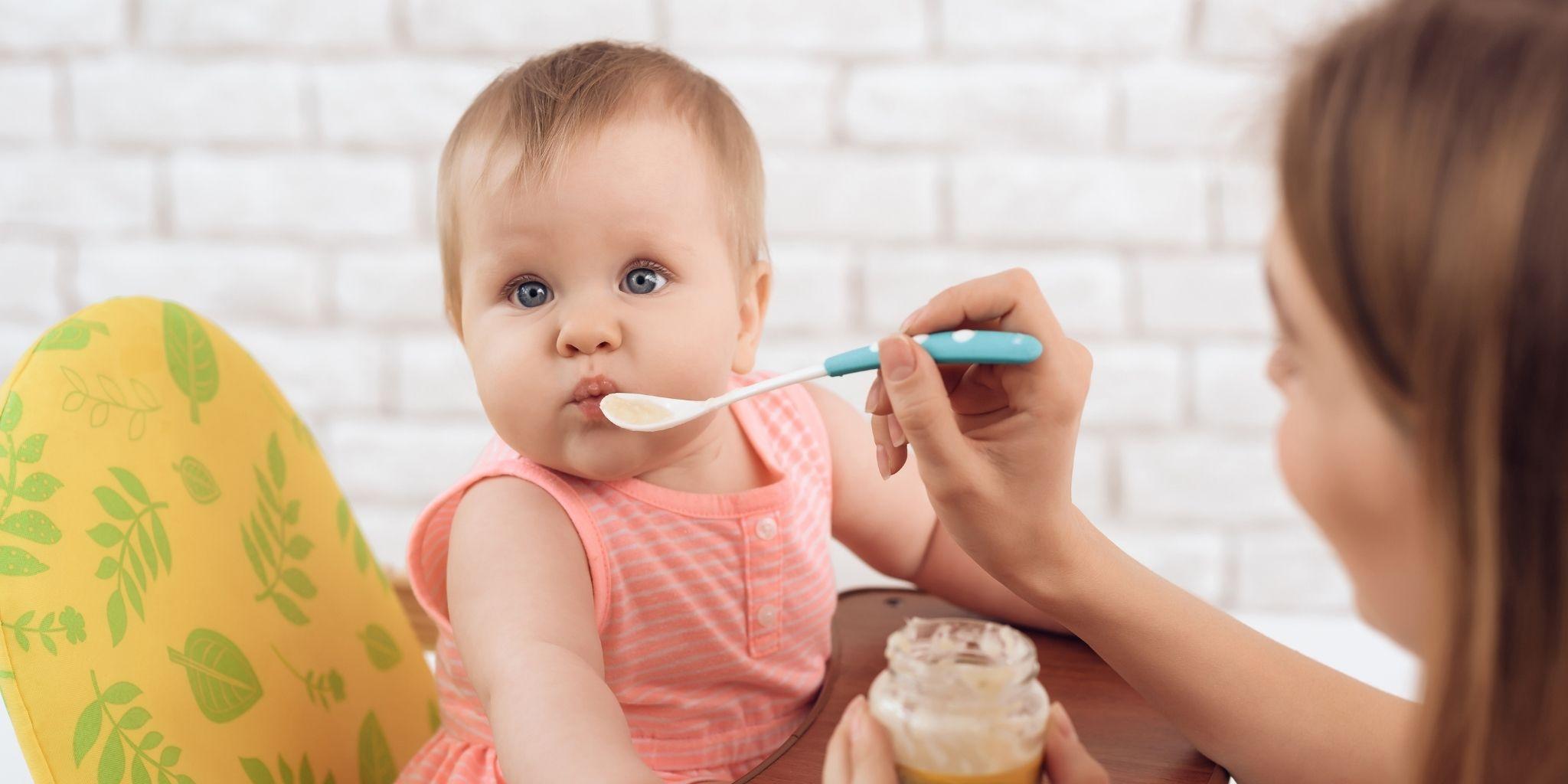 Was ist der Unterschied zwischen einer Nanny und einem Babysitter