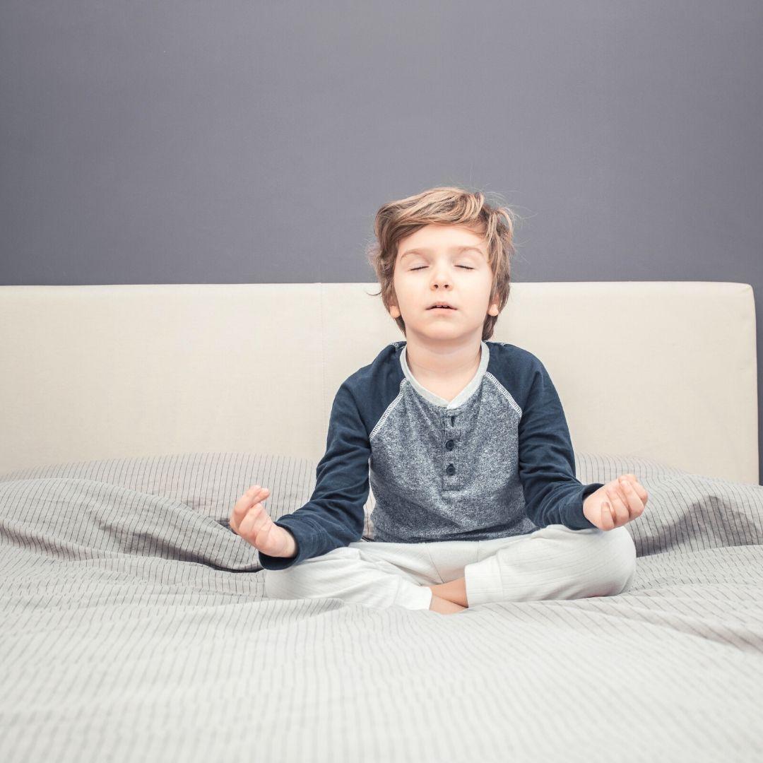 Yoga per bambini: benefici e asana
