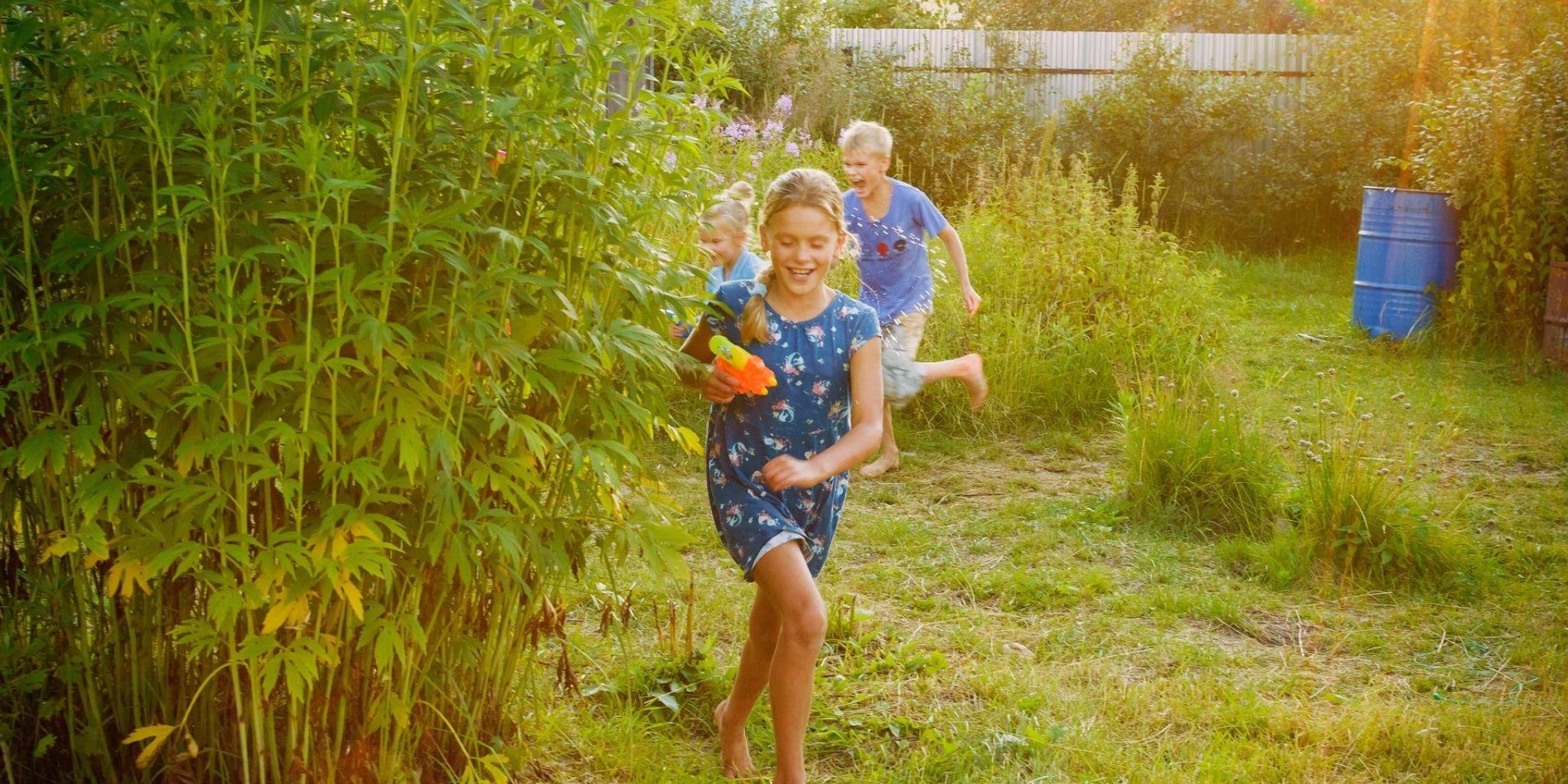Backyard activities for kids: summer activities on a budget