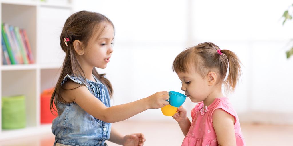 Lapsehoidja esimene päev lastega