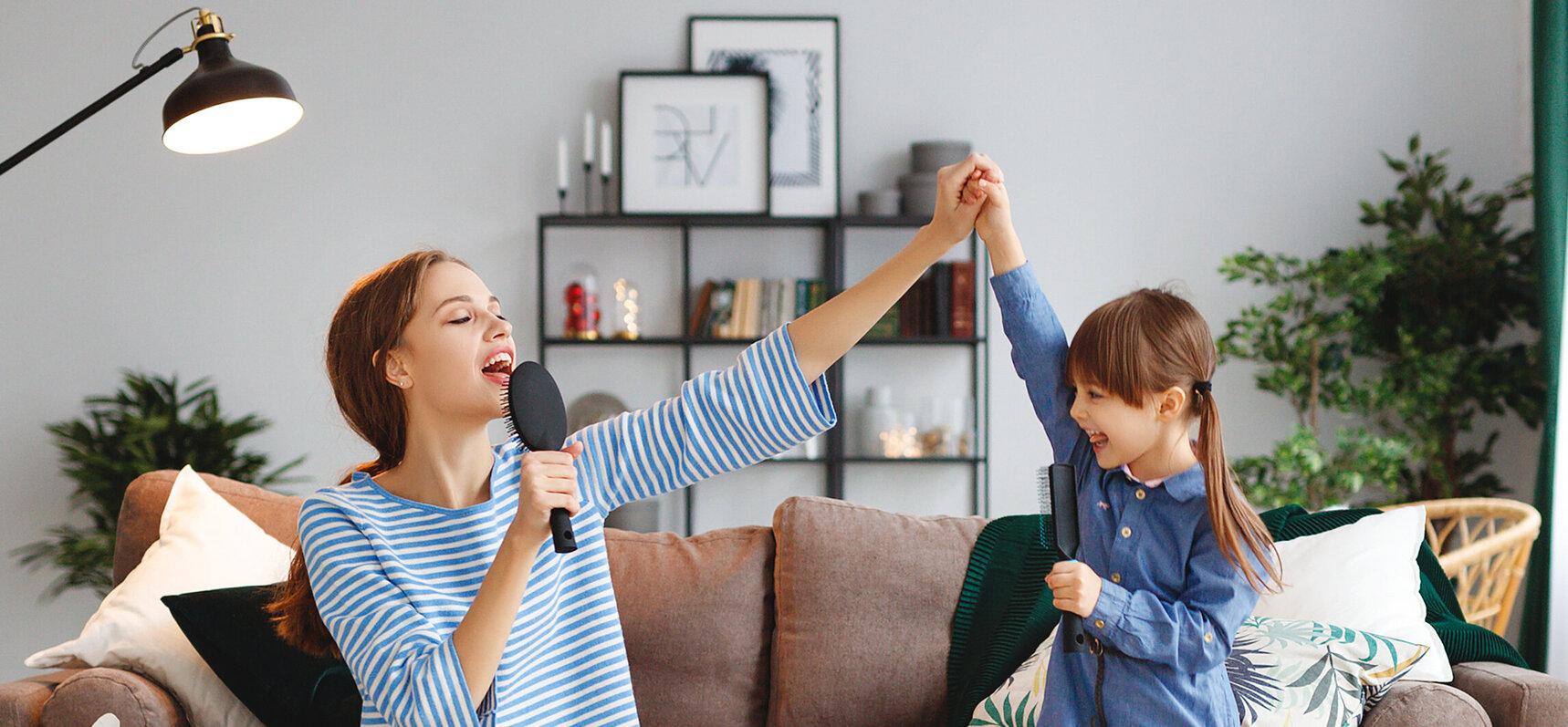 10 syytä miksi laulaminen lapselle tai lapsen kanssa on hyödyllistä