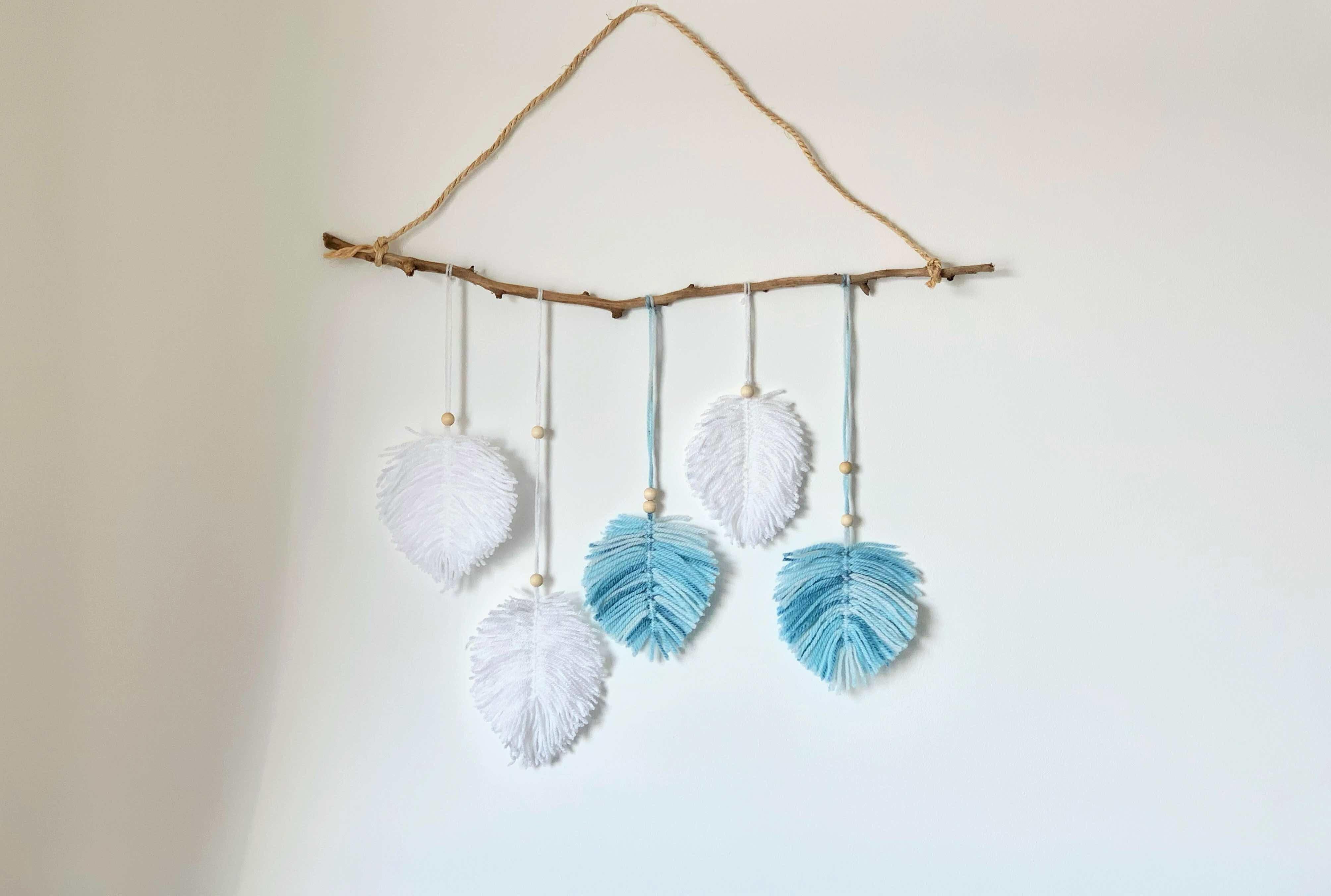 Foglie macramè: lavoretto per bambini per decorare la cameretta