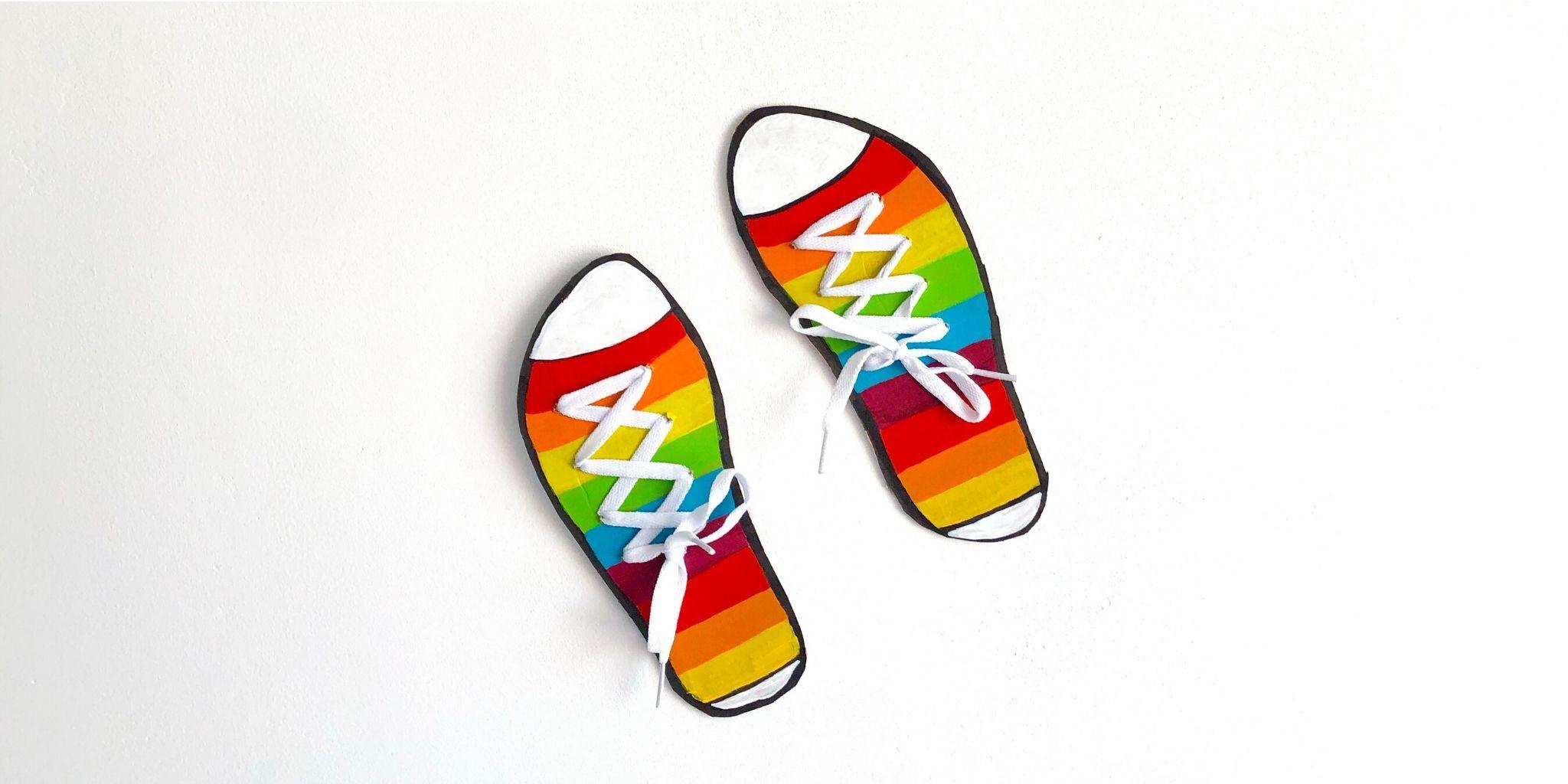 Kaip išmokyti vaikus užsirišti batus