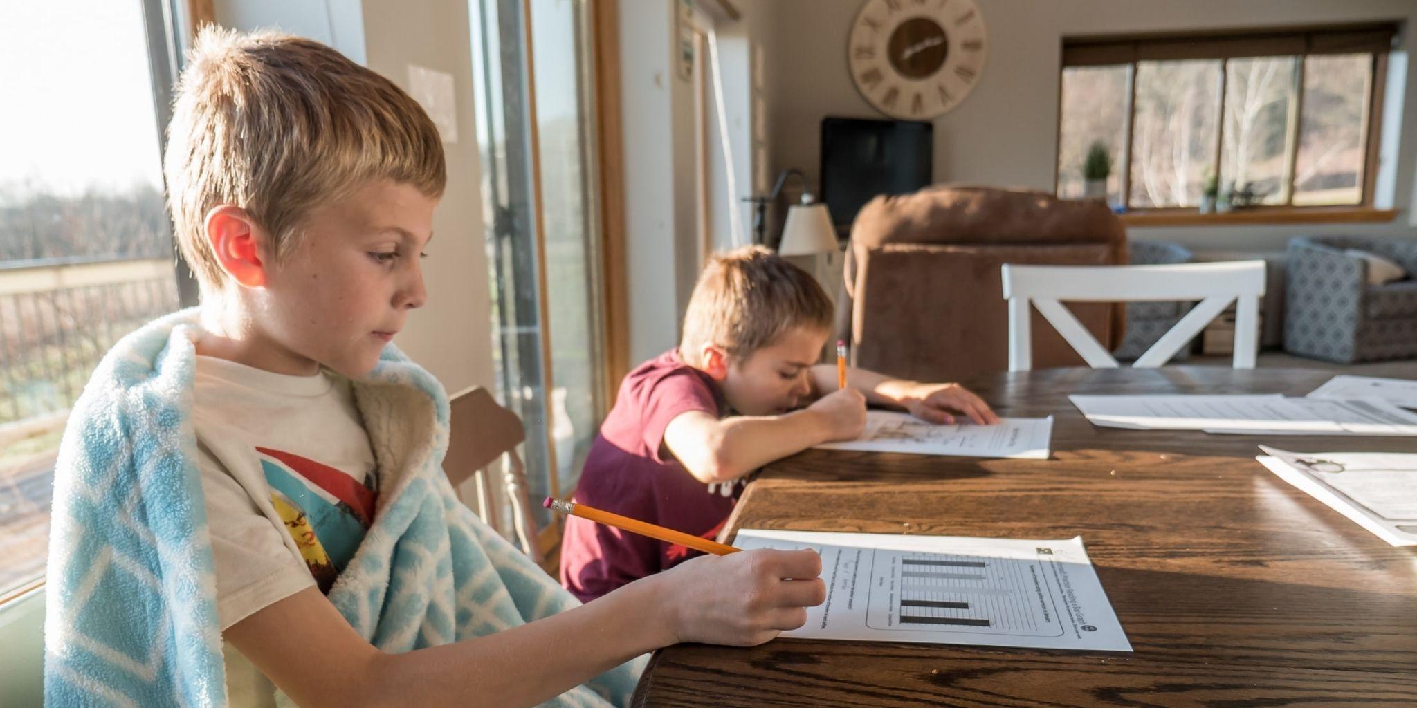 Vaikai grįžta į mokyklą: praktiški patarimai (galite atsispausdinti)