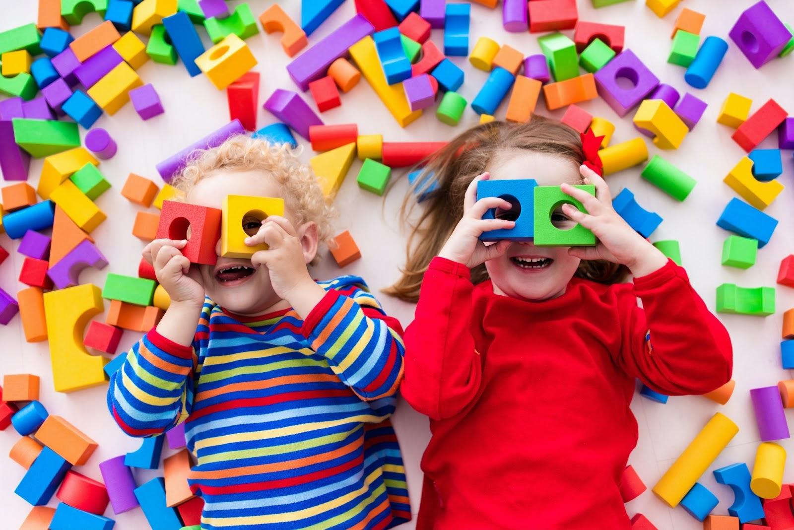 Hva er forskjellen på barnevakt og dagmamma?