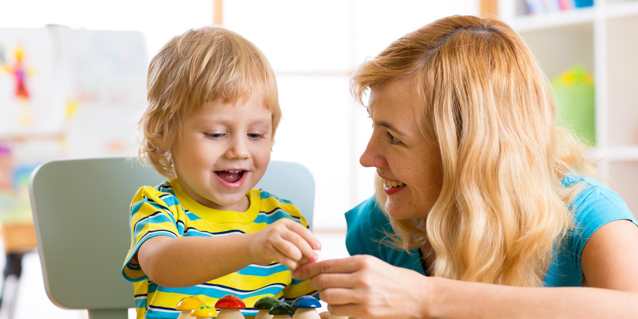 Hvordan få første barnevaktsdag til å gå som smurt