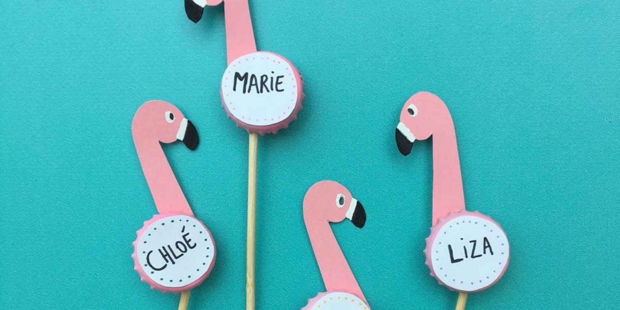 Różowe karteczki imienne flamingi