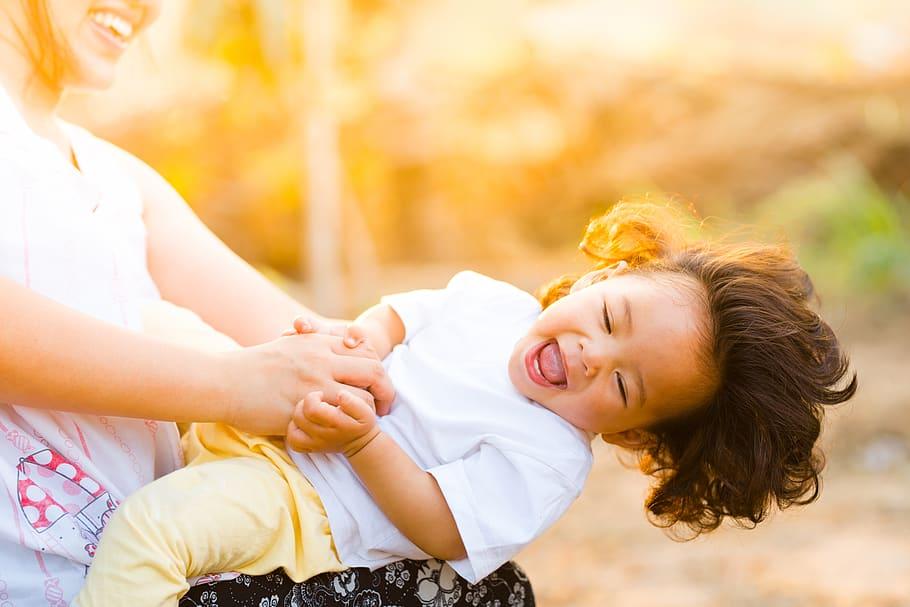 5 steg för att hitta den perfekta barnvakten