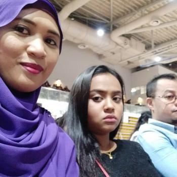 Babysitter Singapore: Khadijah