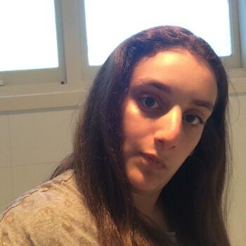 Babysitter in Sydney: Rebecca