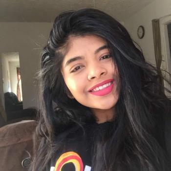Babysitter Bridgeport: Tahmina