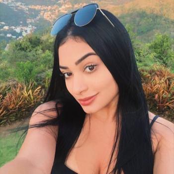 Babysitter Vila Velha: Isabella