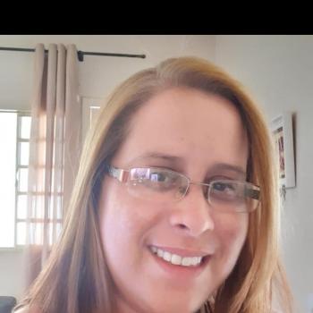 Babá Londrina: Luciana