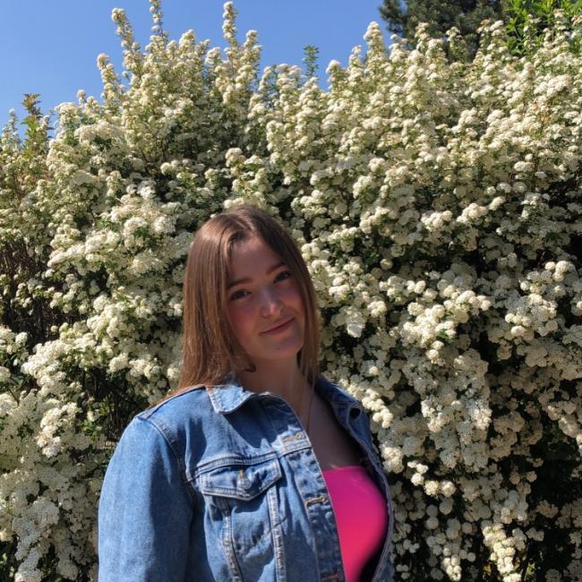 Baby-sitter in Besançon: Lisa