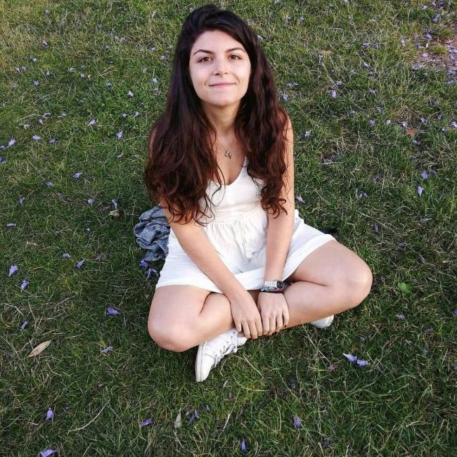 Baby-sitter in Nice: Paola