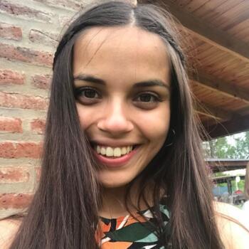 Babysitter in Pilar: Luchii