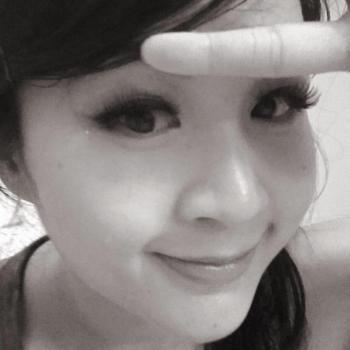 Babysitter in Singapore: Shayn