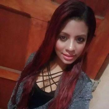 Niñera San Juanillo: Yuri