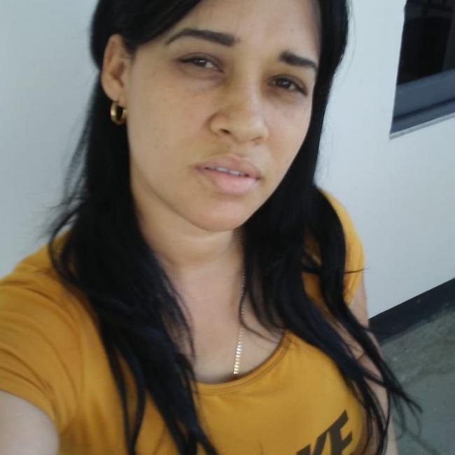 Emprego de babá em Joinville: Annia