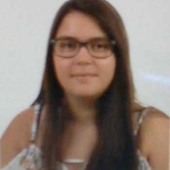 Babysitter Oliveira do Bairro: Diana