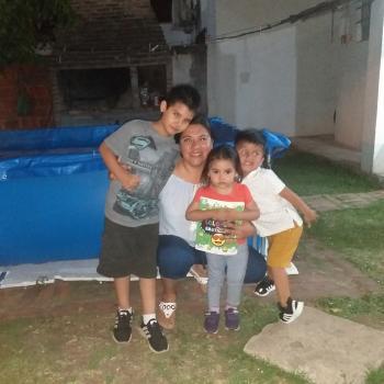 Babysitter La Plata: Karla