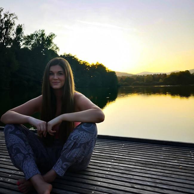 Varuška (Občina Litija): Eva