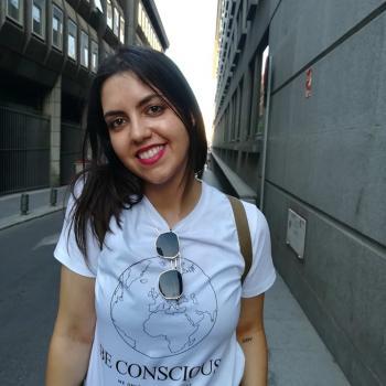 Babysitter em Guimarães: Adriana