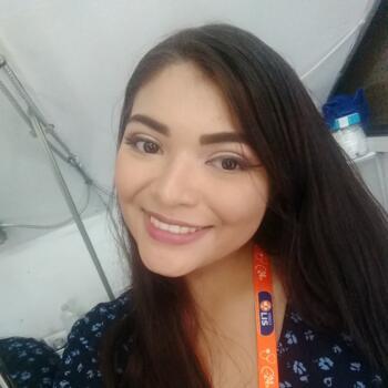 Babysitter in Ensenada: Lucia Ixchel