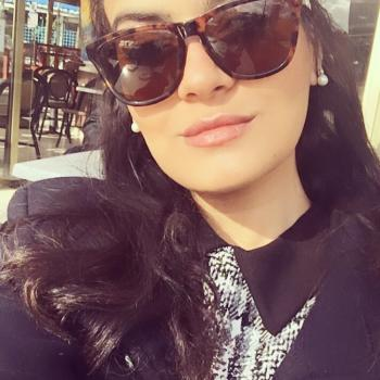 Baby-sitter Nice: Salma