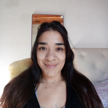 Babysitter in Isidro Casanova: Priscila