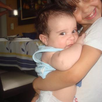 Agência de babá em Aracaju: Valéria