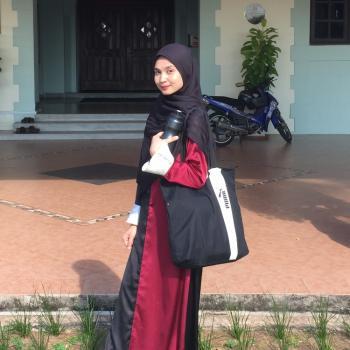 Pengasuh di Shah Alam: Yasmin