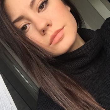 Babysitter a Vercelli: Denisa