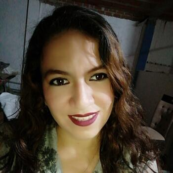 Babysitter in Piura: Diana