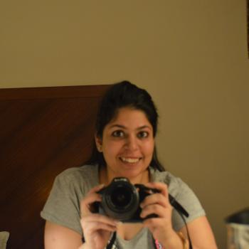 Baby-sitter Brampton: Aayushi