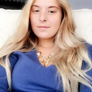 Babysitter Fjellstrand: Anine