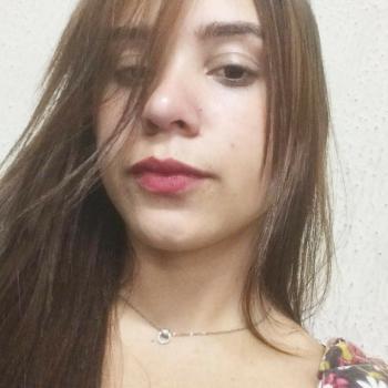 Babysitter Betim: Karine Silva