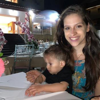 Emprego de babá Salvador: emprego de babá Thais