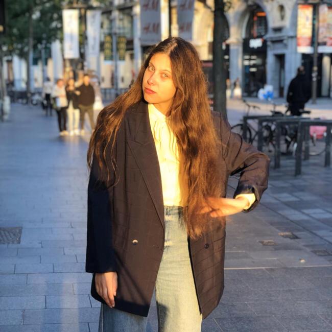 Babysitter in Mechelen: Aisha