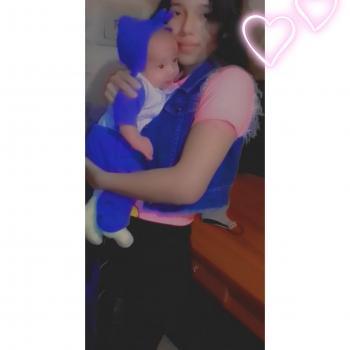 Babysitter in José Leonardo Ortiz: Yazmin