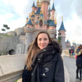 Babysitter in Limoges: Sarah