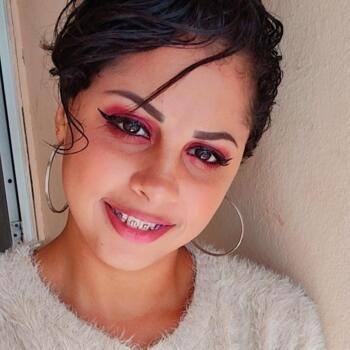 Babysitter in Itajaí: Leticia ebling