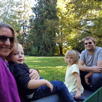 Eltern Spiez: Babysitter Job Stéphanie Liebing