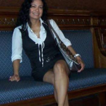 Babysitter Hamburg: Tannia Suarez