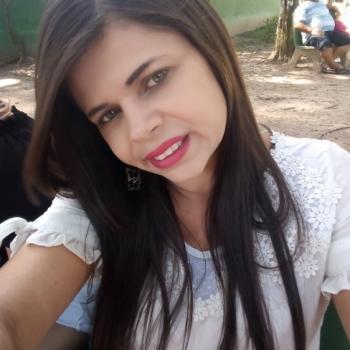 Babá Recife: Nise