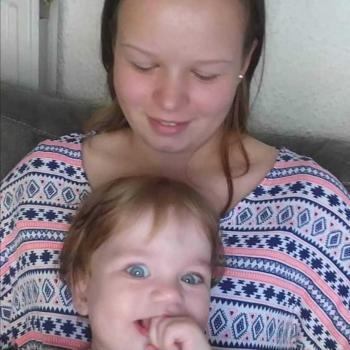 Babysitter Mol: Sanne