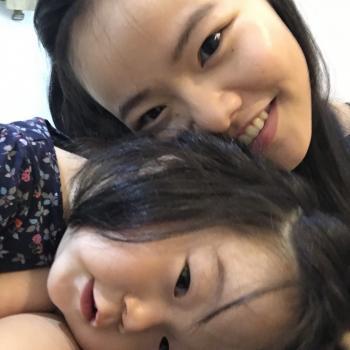 Babysitter Singapore: Hannah